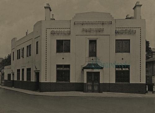 The Quill pub, Putney